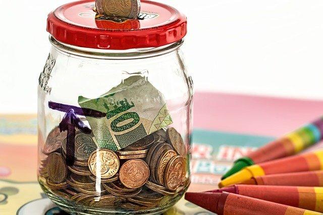 Wie Sie Ihren Kindern gute Geldgewohnheiten beibringen
