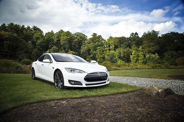 Lohnt sich ein Investment in Tesla